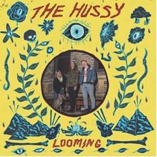 HUSSY-LOOMING (CD)